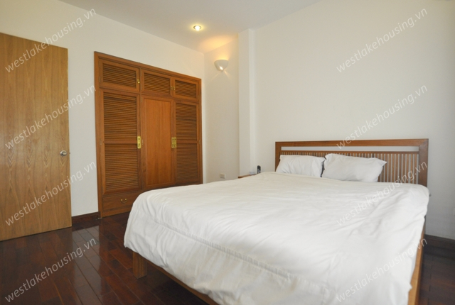 Modern and spacious serviced apartment for rent on Quang An, Tay Ho Westlake